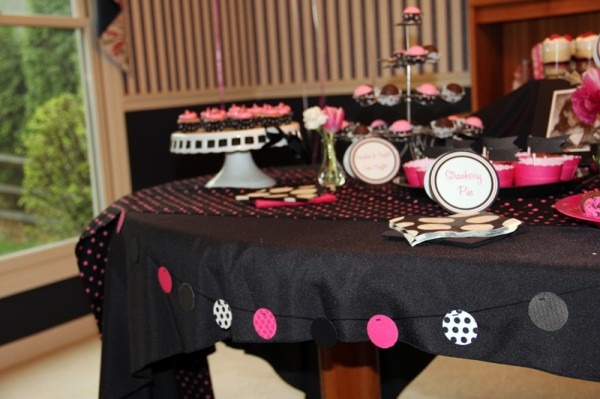 pink-and-black-bridal-shower-dessert-bar