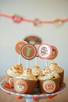 thanksgiving-printable-cupcake-decorations
