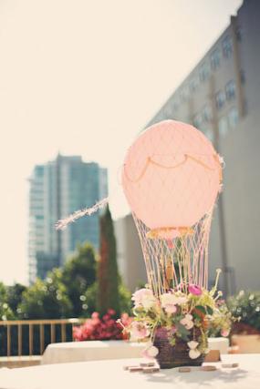 hot-air-balloons-centerpiece