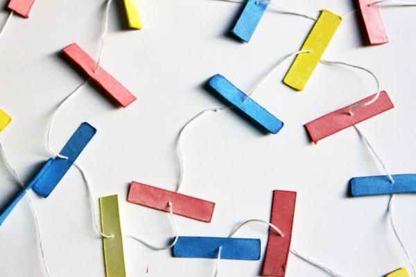 paper-confetti-garland