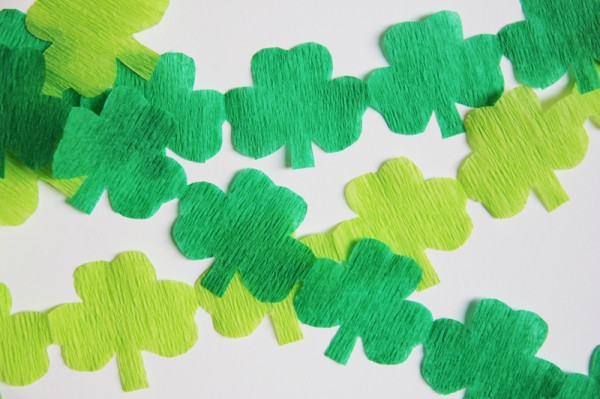 st-patricks-day-streamer-garland-diy