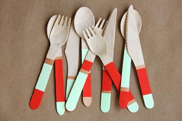 color-block-wooden-utensils