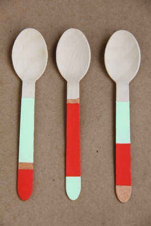 diy-color-blocked-spoons