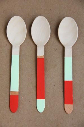 diy-color-blocked-spoons