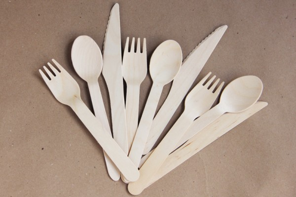 wooden-utensils-from-garnish