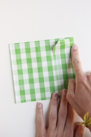 diy-gingham-envelopes