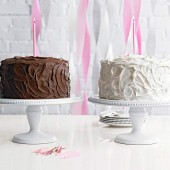Five Ways to Frost a Cake Like a Professional