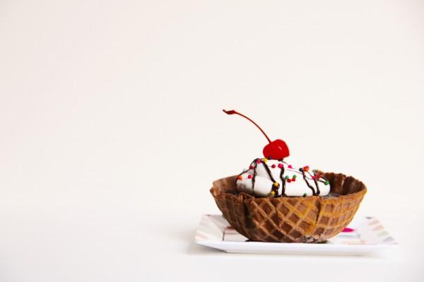 Waffle Bowl Mini Cakes