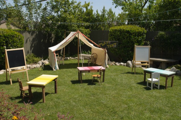diy-art-birthday-party-play-area