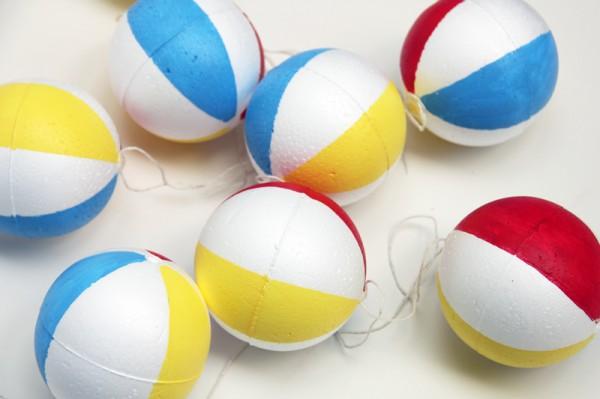 Beach Ball Garland DIY