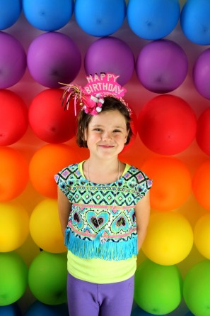 DIY Rainbow Birthday Party Photo Booth