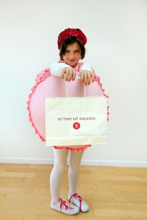 DIY-French-Macaron-Costume-for-Kids