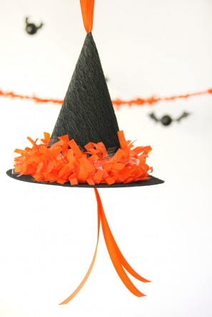 DIY Witch Hat Pinata