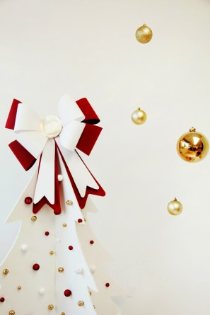DIY Giant Bow Christmas Tree Topper Tutorial