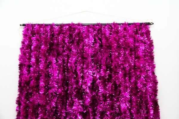 DIY Tinsel Photobooth Backdrop