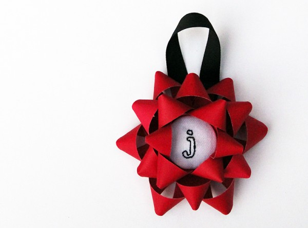 DIY Embroidered Christmas Bow Ornaments