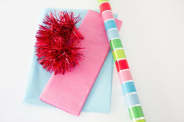 DIY Fringe Tassel Gift Toppers (1)