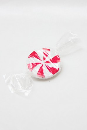 DIY Faux Peppermint Candies | Studio DIY (5)