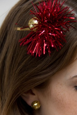 DIY Holiday Hair Clip