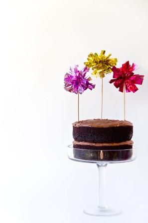 DIY Fringe Mylar Pom Cake Toppers