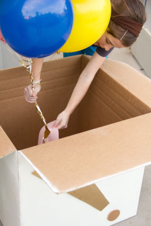 Giant DIY Balloon Box