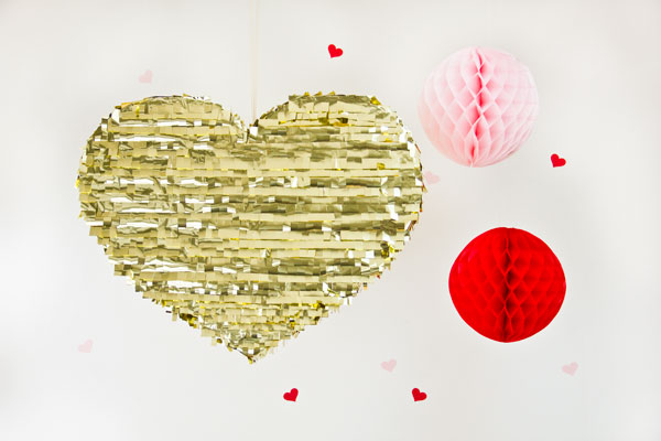 Valentines Day DIY Gold Mylar Heart Pinata
