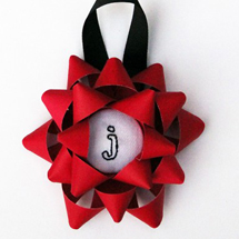 DIY Embroidered Christmas Bow Ornament