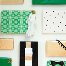 DIY Holiday Gift Box Backdrop