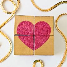 DIY-Glitter-Block-Puzzle-Valentinesthumb