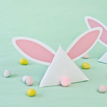 DIY-Easter-Bunny-Treat-Pouches2thumb