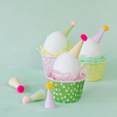 DIY Party Hat Easter Eggs