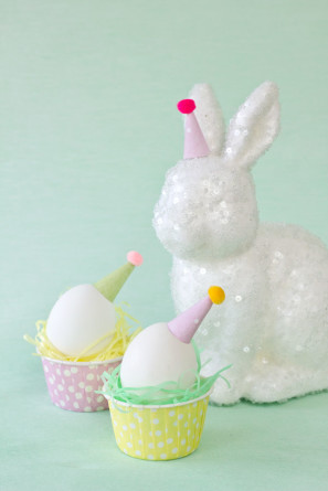 DIY Party Hat Eggs Tutorial