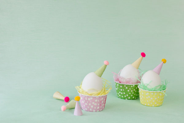 DIY Party Hat Eggs
