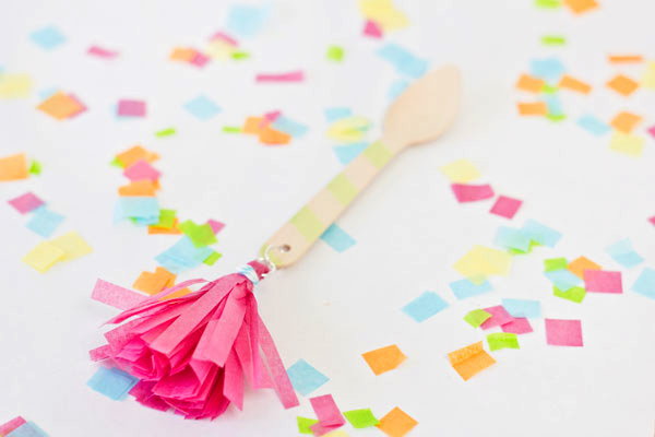 DIY Tasseled Ice Cream Spoons Tutorial
