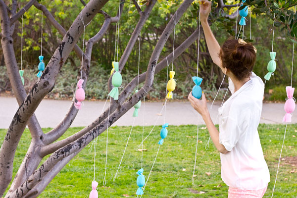 Egg Popper Tree DIY