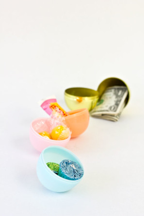 Plastic Easter Egg Poppers