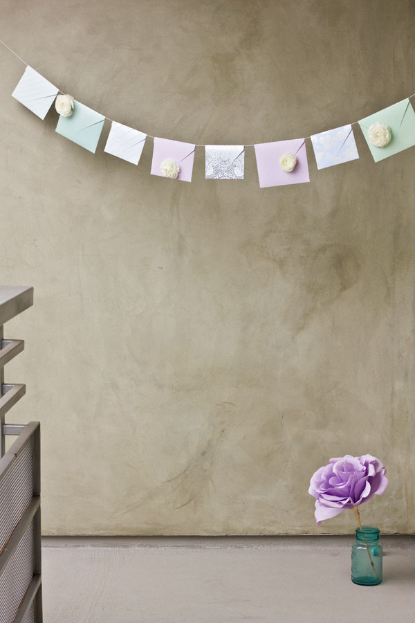 DIY Fresh Flower Envelope Garland