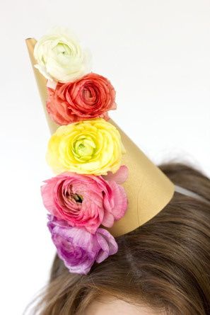 DIY Fresh Flower Party Hat