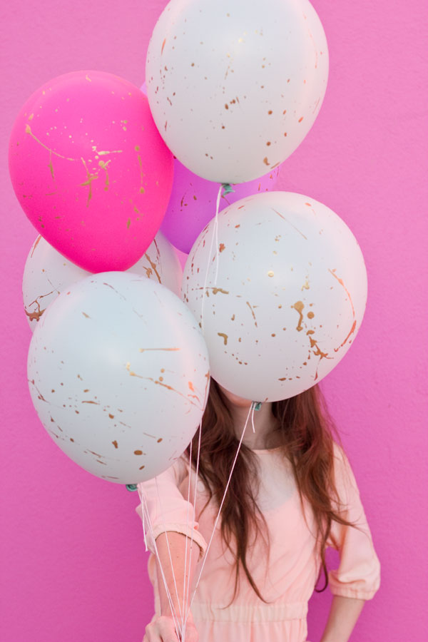 DIY Gold Splatter Paint Balloons