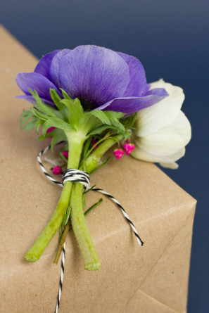 How To Package Gifts with Flowers