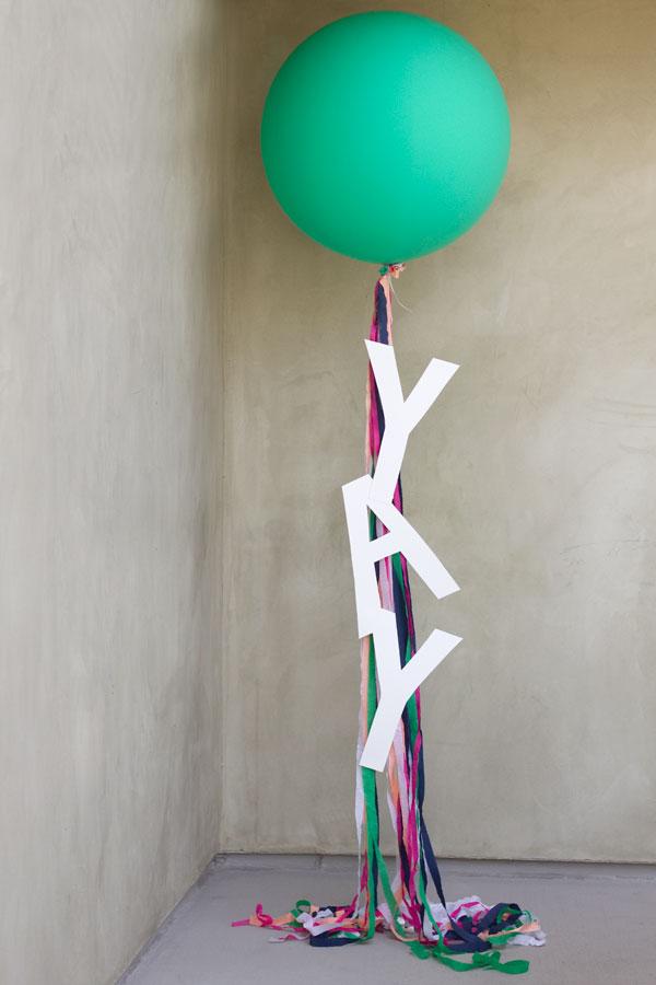DIY Giant Balloon Message