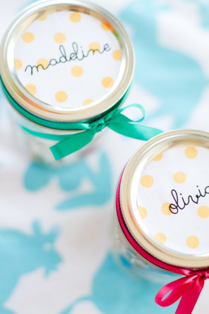 DIY Glitter Jar Favors