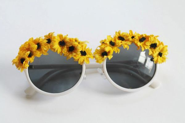 DIY Faux Flower Sunglasses