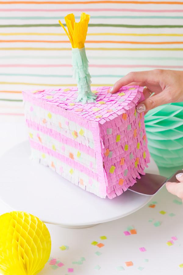 Pastel de cumpleaños Piñata DIY