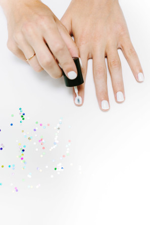 Confetti Mani DIY Tutorial