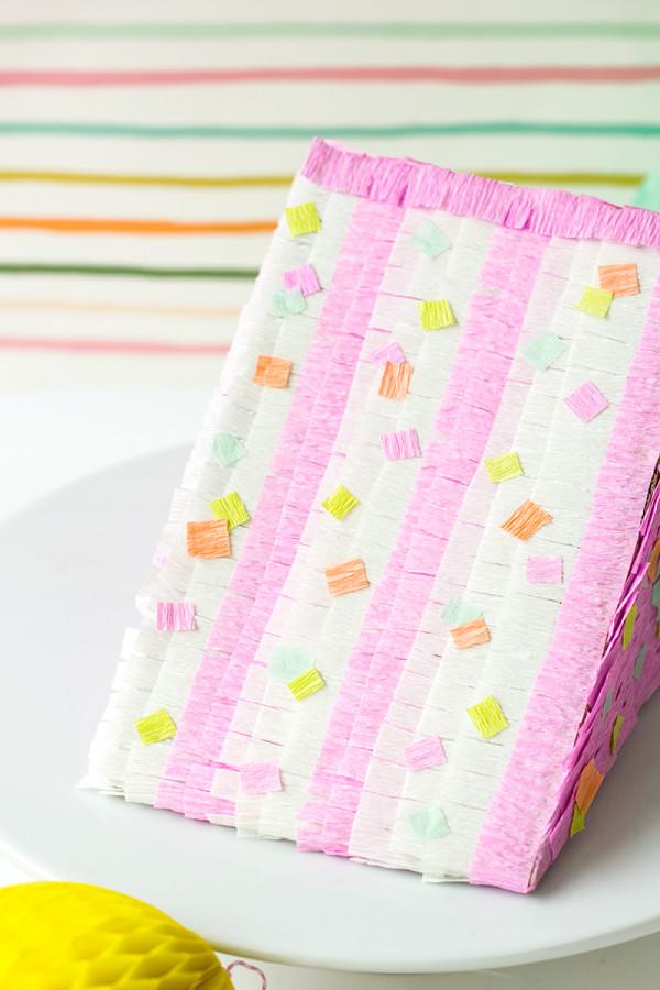 DIY Pastel de cumpleaños Piñata Tutorial