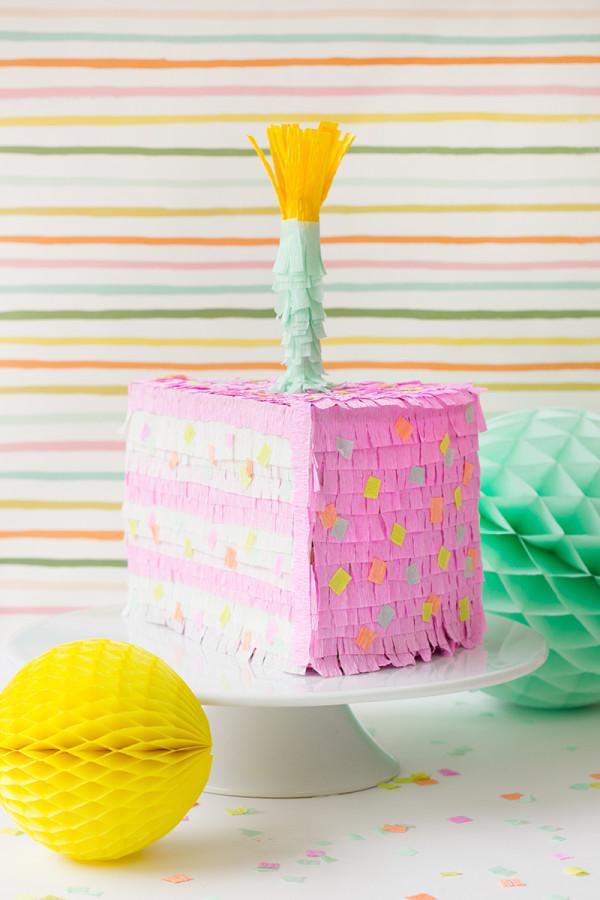 DIY Pastel de cumpleaños Piñata
