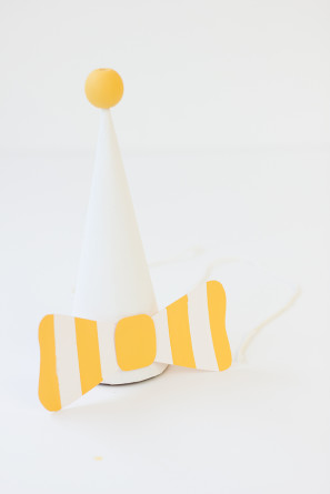 DIY Striped Bow Party Hats