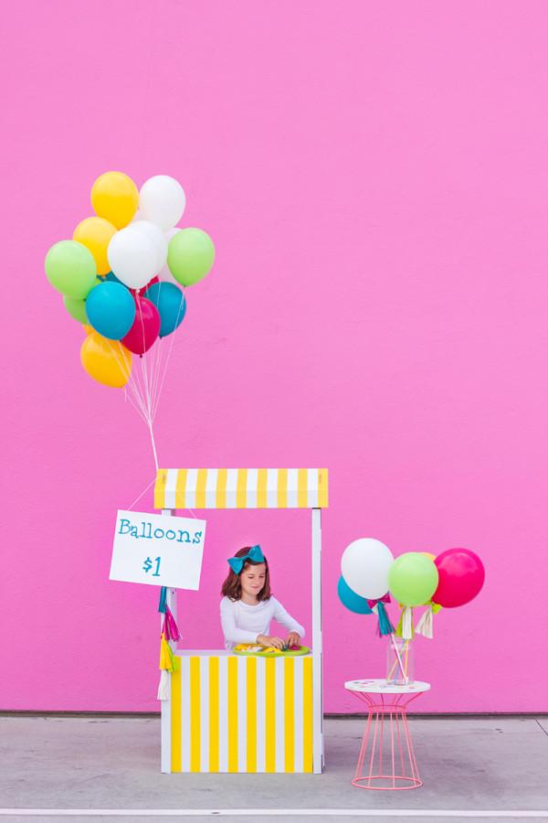 Balloon Stand DIY