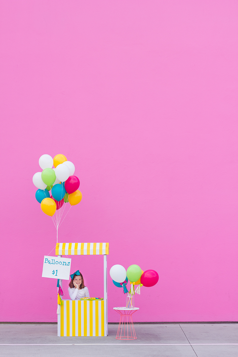 DIY Balloon Stand for Kids and Parties | Studio DIY